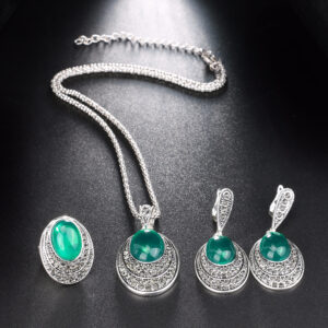 Exquisite Vintage Oval Shaped Women's Jewelry Set